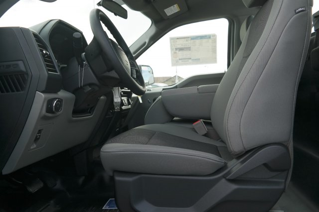 2018 F-150 Regular Cab 4x4 Pickup #C44555 - photo 5