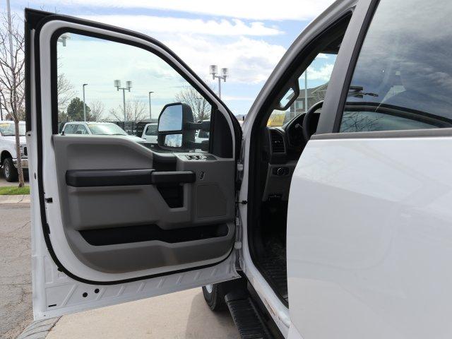 2020 Ford F-550 Crew Cab DRW 4x4, Freedom Canyon Landscape Dump #C54620 - photo 10