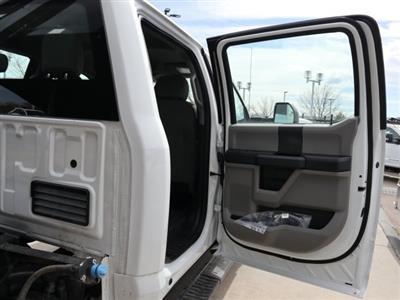 2020 Ford F-550 Crew Cab DRW 4x4, Freedom Canyon Landscape Dump #C54620 - photo 9