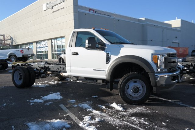 2017 F-550 Regular Cab DRW 4x4,  Cab Chassis #E15220 - photo 4