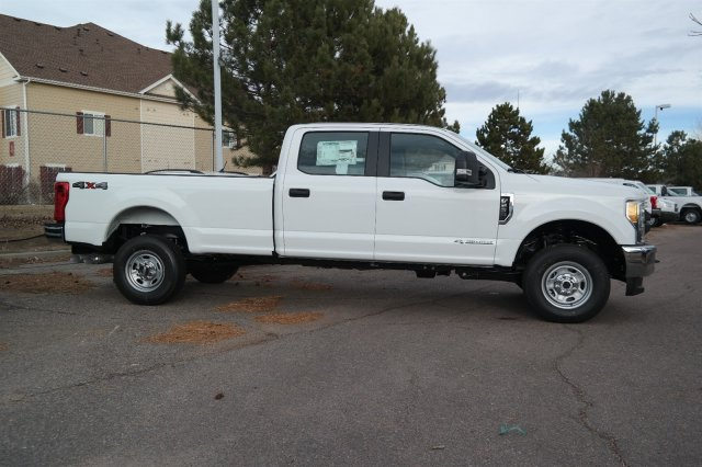 2017 F-250 Crew Cab 4x4, Pickup #E95825 - photo 3