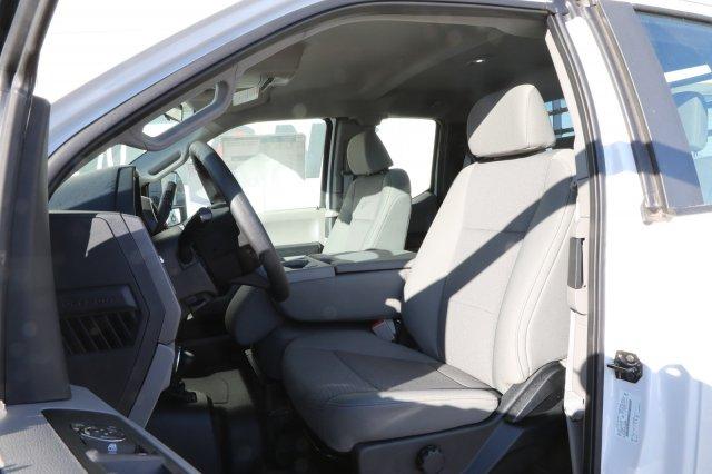 2019 Ford F-550 Super Cab DRW 4x4, CM Truck Beds RD Model Platform Body #F85869 - photo 22