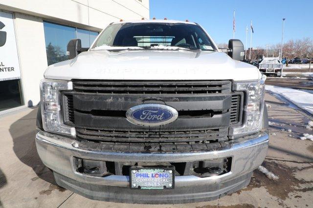 2019 Ford F-550 Super Cab DRW 4x4, CM Truck Beds RD Model Platform Body #F85869 - photo 4