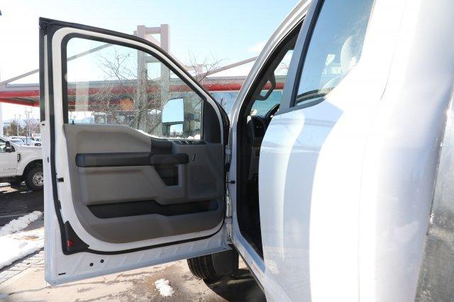2019 Ford F-550 Super Cab DRW 4x4, CM Truck Beds RD Model Platform Body #F85869 - photo 9