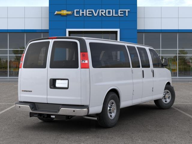 2020 Chevrolet Express 3500 RWD, Passenger Wagon #L1212446 - photo 2