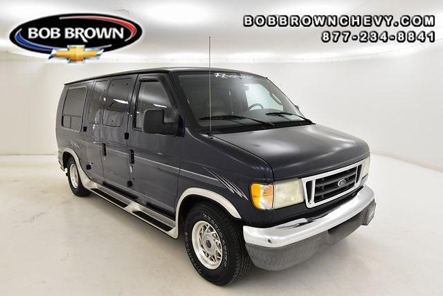 2003 Ford E-150 4x2, Passenger Wagon #L6273224C - photo 1