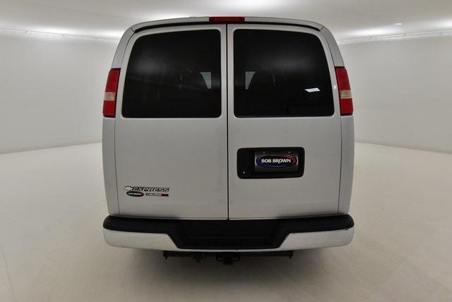 2012 Chevrolet Express 1500 4x4, Passenger Wagon #LG309984A - photo 1