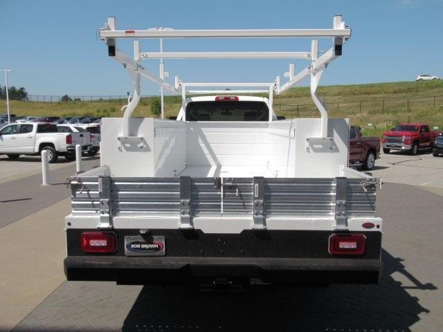 2020 Chevrolet Silverado Medium Duty Crew Cab DRW 4x4, Combo Body #LH173356 - photo 23