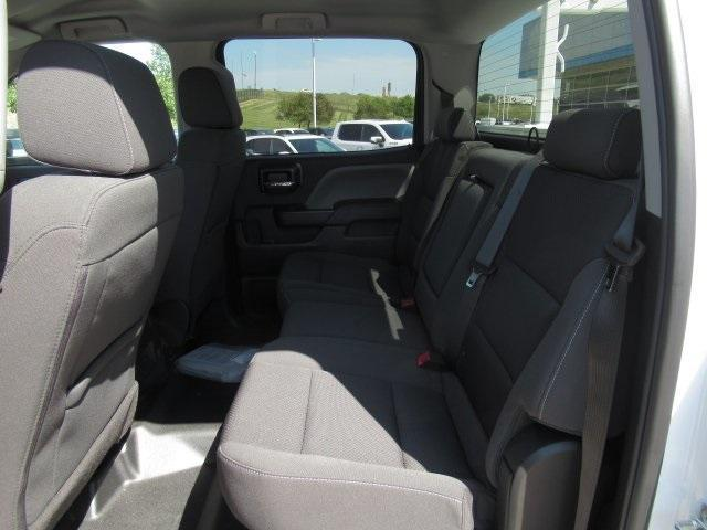 2020 Chevrolet Silverado Medium Duty Crew Cab DRW 4x4, Combo Body #LH173356 - photo 29