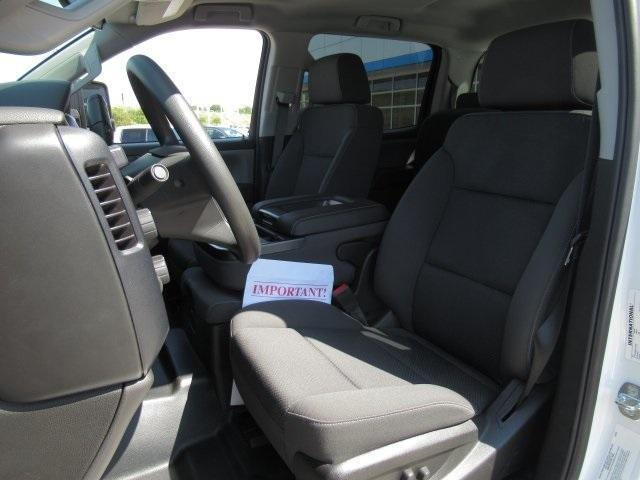 2020 Chevrolet Silverado Medium Duty Crew Cab DRW 4x4, Combo Body #LH173356 - photo 6
