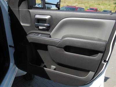 2020 Chevrolet Silverado Medium Duty Crew Cab DRW 4x4, Combo Body #LH173356 - photo 10