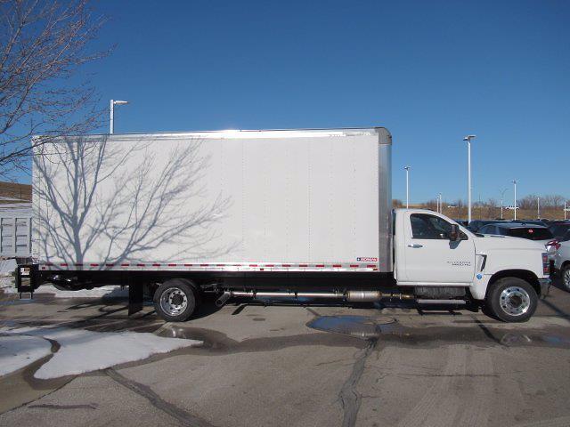 2020 Chevrolet Silverado 6500 DRW 4x2, Morgan Dry Freight #LH266816 - photo 2