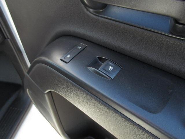 2020 Chevrolet Silverado Medium Duty Regular Cab DRW 4x2, Dry Freight #LH266816 - photo 12