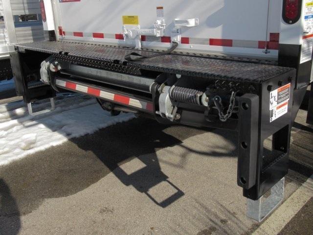 2020 Chevrolet Silverado Medium Duty Regular Cab DRW 4x2, Dry Freight #LH266816 - photo 18