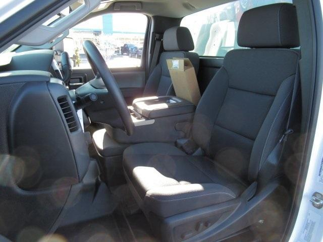 2020 Chevrolet Silverado Medium Duty Regular Cab DRW 4x2, Dry Freight #LH266816 - photo 5