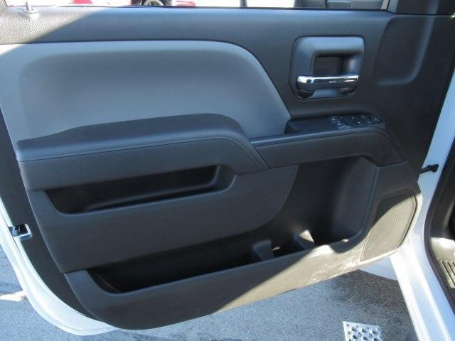 2020 Chevrolet Silverado Medium Duty Regular Cab DRW 4x2, Dry Freight #LH266816 - photo 8