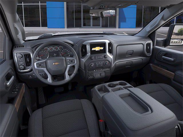 2021 Chevrolet Silverado 2500 Crew Cab 4x4, Pickup #MF271963 - photo 12