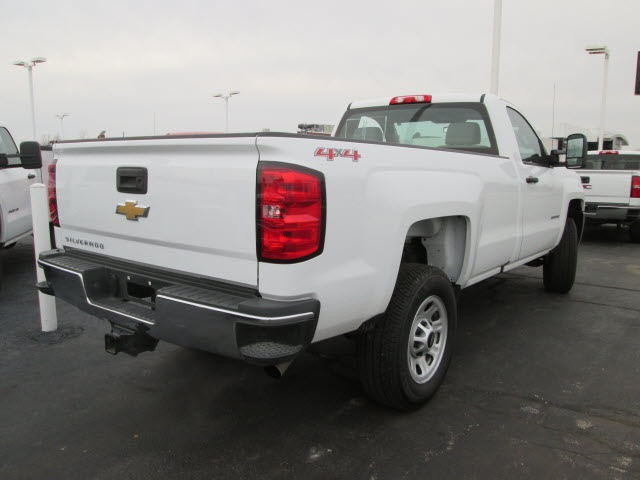 2016 Silverado 3500 Regular Cab 4x4 Pickup #109206 - photo 8