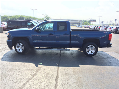 2016 Silverado 1500 Double Cab 4x4, Pickup #109542 - photo 4
