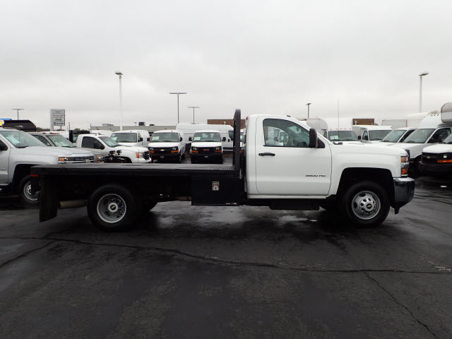 2015 Silverado 3500 Regular Cab Platform Body #109631 - photo 7