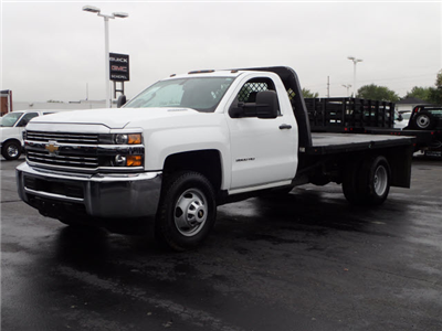 2015 Silverado 3500 Regular Cab Platform Body #109631 - photo 4