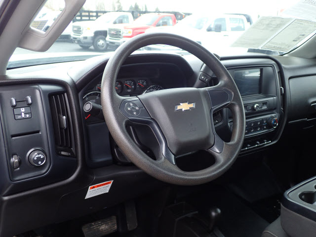 2016 Silverado 3500 Regular Cab DRW 4x4,  Service Body #109795 - photo 19