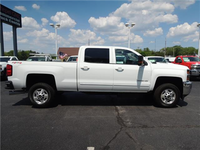 2016 Silverado 2500 Crew Cab 4x4,  Pickup #109983 - photo 10