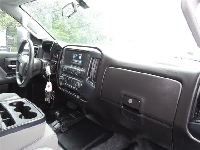 2017 Silverado 3500 Crew Cab 4x4,  Combo Body #110073 - photo 17