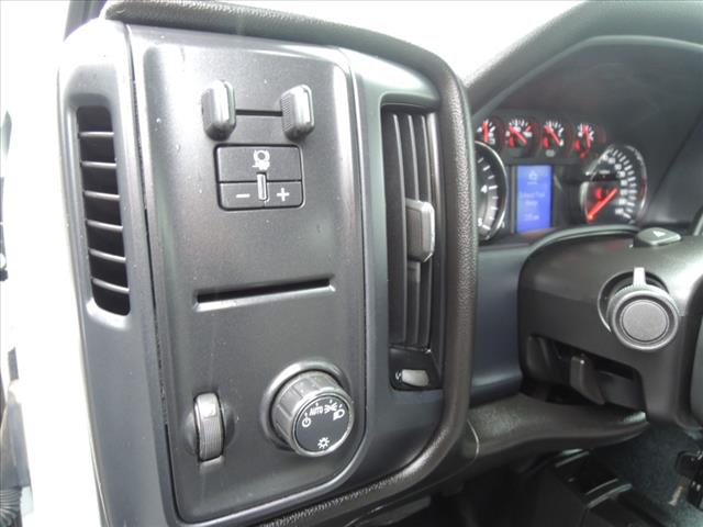2017 Silverado 3500 Crew Cab 4x4,  Combo Body #110073 - photo 21