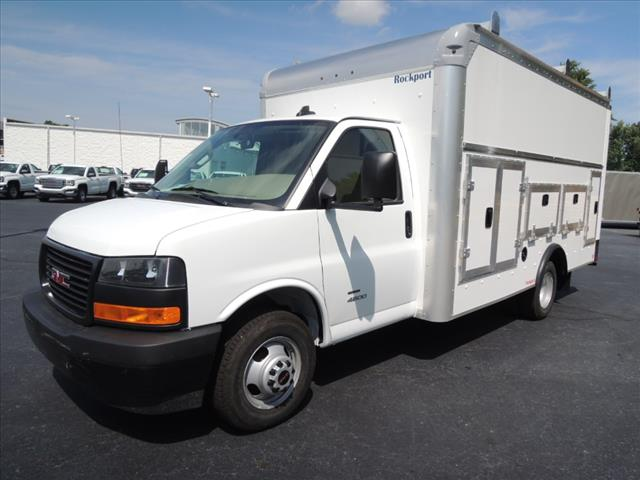 2018 Savana 4500 4x2,  Rockport Service Utility Van #110103 - photo 4