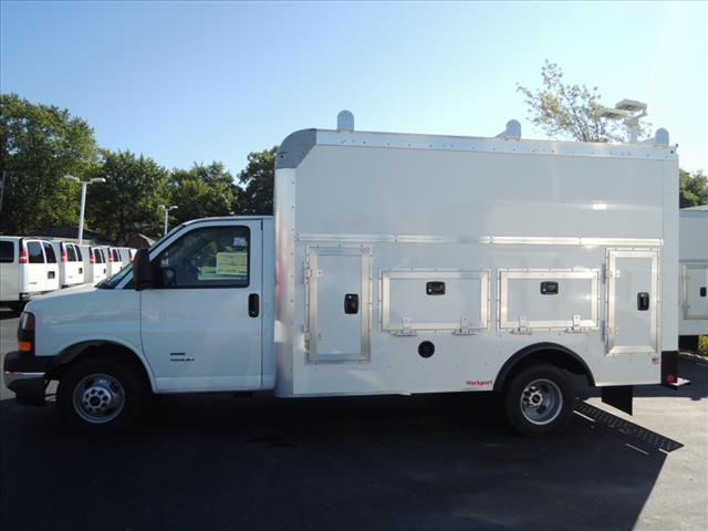 2018 Savana 4500 4x2,  Rockport Service Utility Van #110104 - photo 5