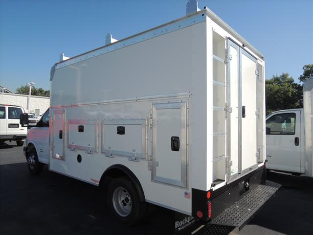 2018 Savana 4500 4x2,  Rockport Service Utility Van #110104 - photo 6