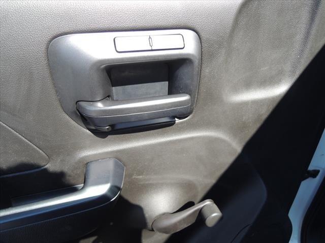2018 Chevrolet Silverado 2500 Regular Cab 4x2, Service Body #111185 - photo 17