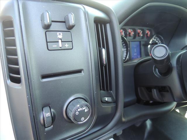 2018 Chevrolet Silverado 2500 Regular Cab 4x2, Service Body #111185 - photo 18