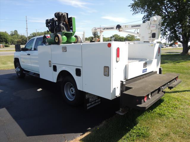 2018 Chevrolet Silverado 3500 Crew Cab DRW 4x4, Mechanics Body #111347 - photo 1