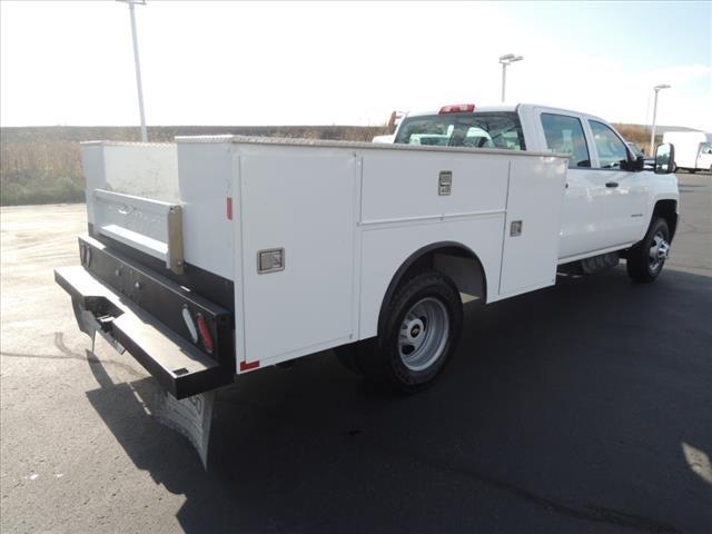 2019 Chevrolet Silverado 3500 Crew Cab 4x4, Dakota Service Body #111446 - photo 1
