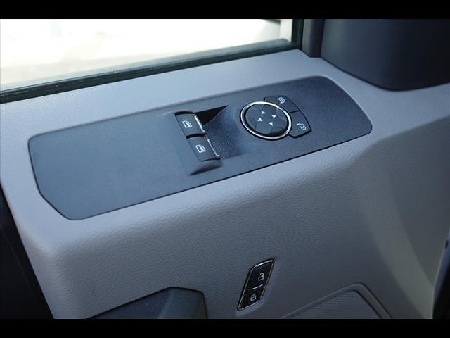 2019 Ford F-550 Regular Cab DRW 4x2, Platform Body #111453 - photo 17