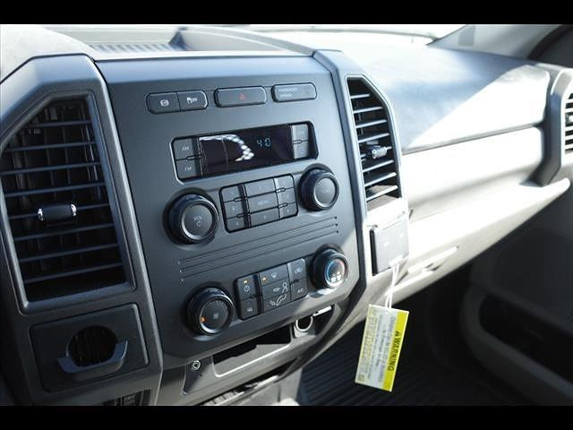 2019 Ford F-550 Regular Cab DRW 4x2, Platform Body #111453 - photo 20