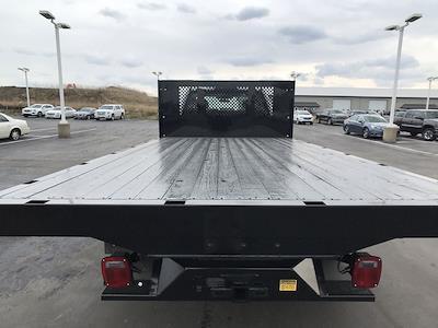 2019 Ford F-550 Regular Cab DRW 4x2, Platform Body #111643 - photo 12