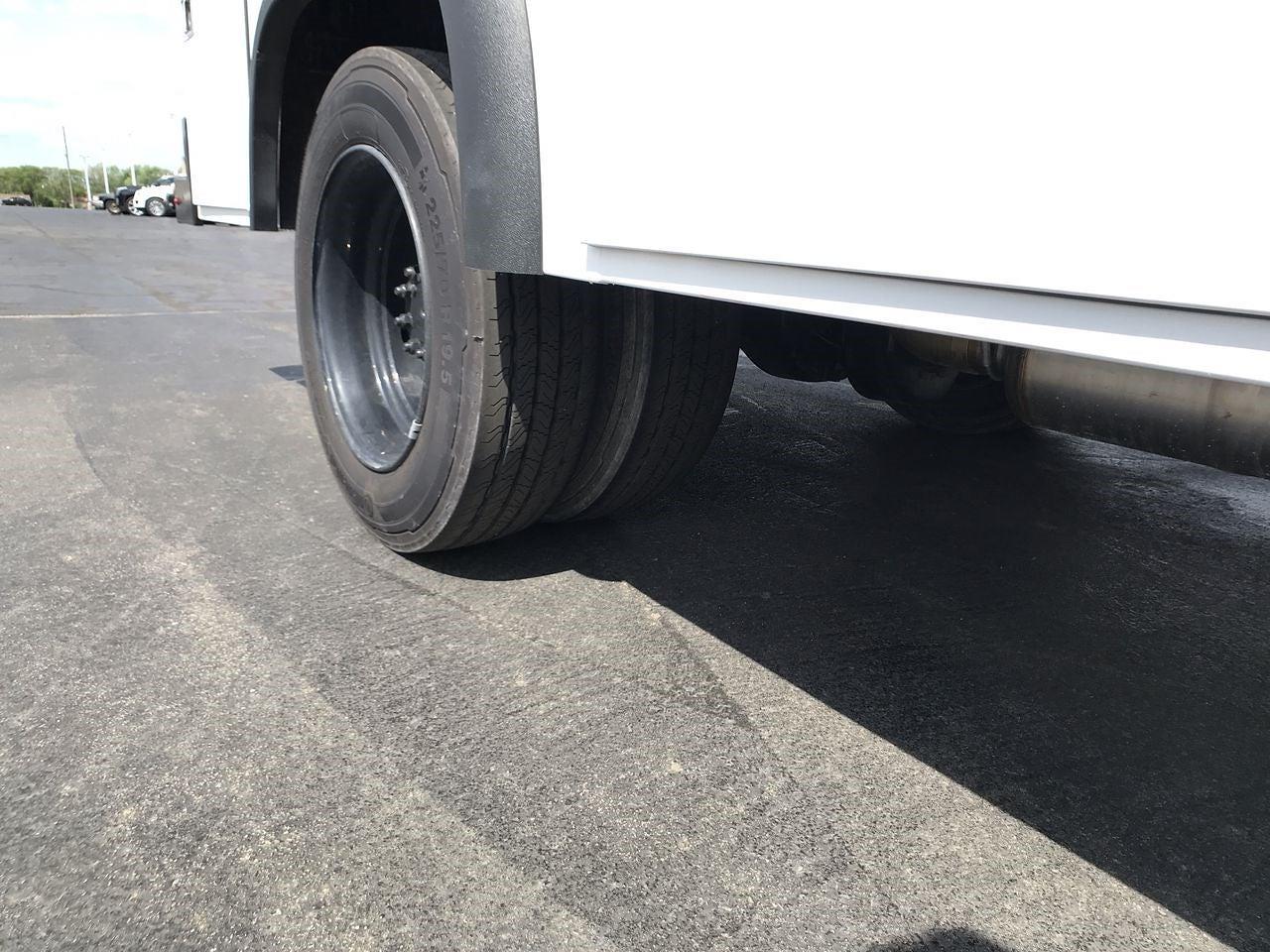 2019 Silverado 4500 Regular Cab DRW 4x2,  Monroe Truck Equipment MSS II Service Body #111667 - photo 10