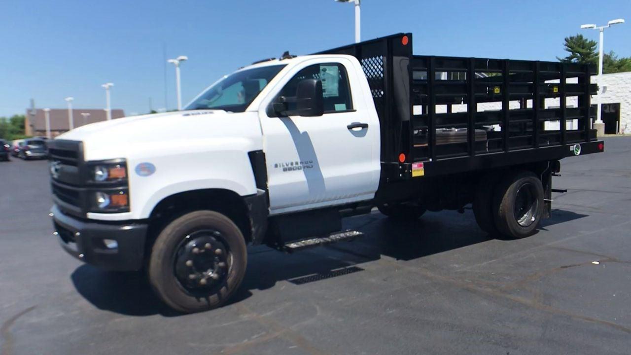 2020 Silverado 5500 Regular Cab DRW 4x2,  Monroe Truck Equipment AL Series Platform Body #111699 - photo 5