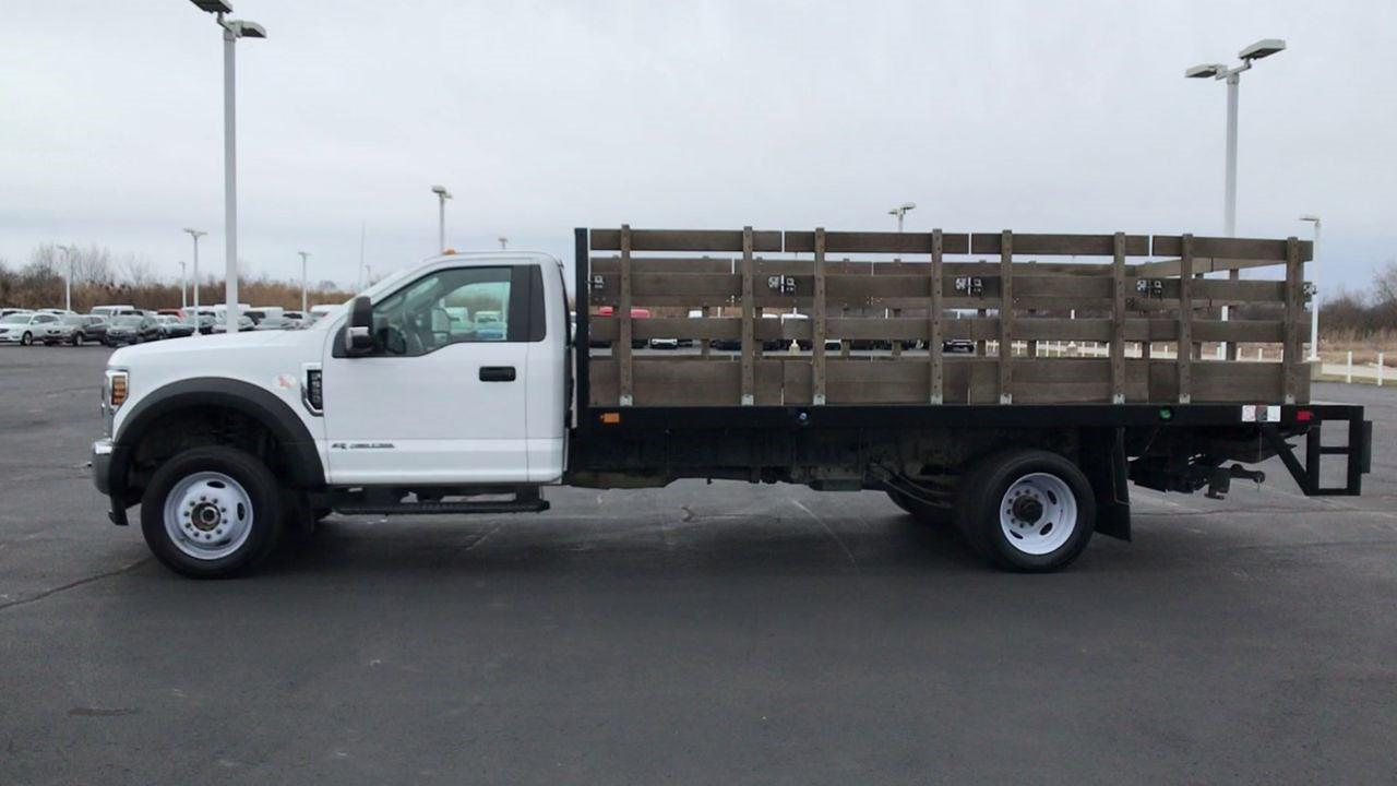 2019 Ford F-550 Regular Cab DRW 4x2, Stake Bed #111702 - photo 6