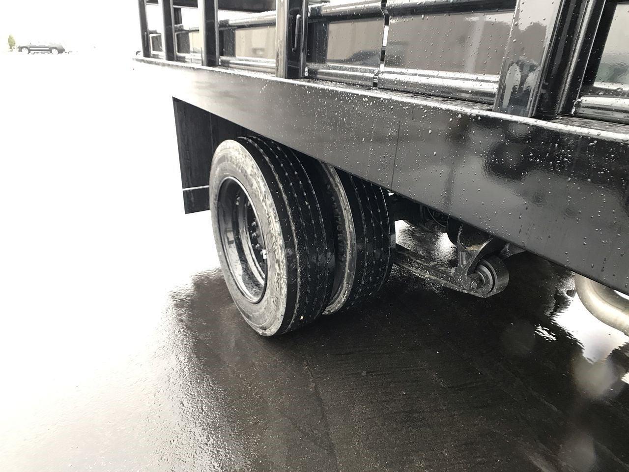 2019 Chevrolet Silverado 4500 Regular Cab DRW 4x2, Monroe Work-A-Hauler II Stake Bed #111715 - photo 10