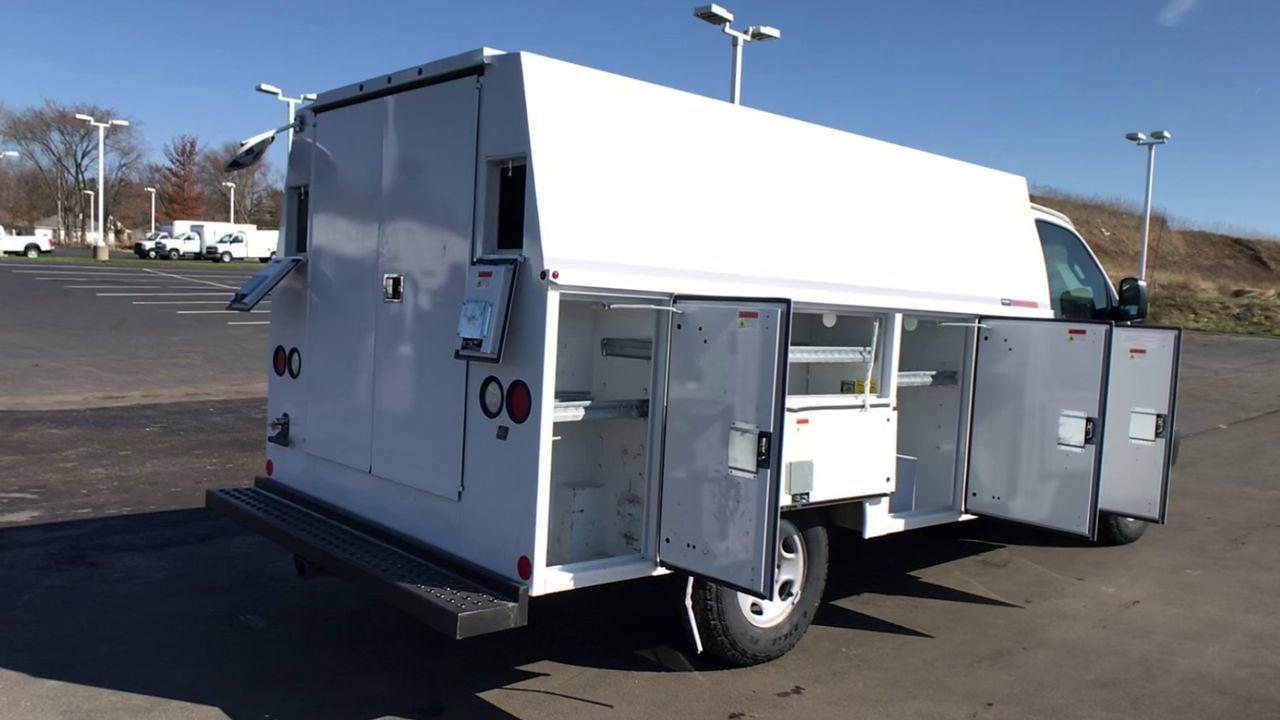 2017 GMC Savana 3500 4x2, Service Utility Van #111725 - photo 1