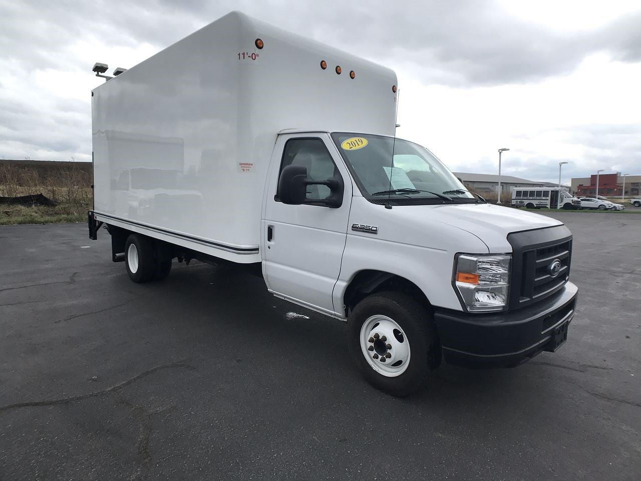 2019 Ford E-350 4x2, Dry Freight #111757 - photo 1