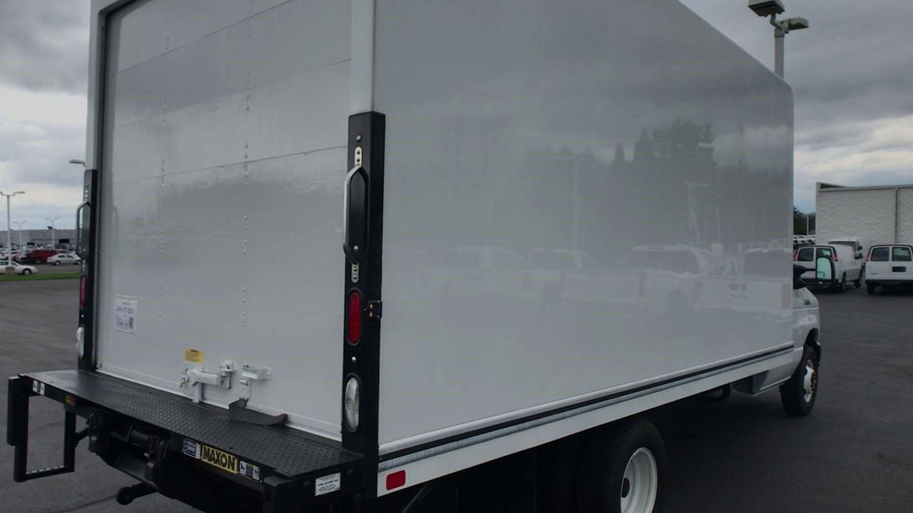 2019 Ford E-350 4x2, Dry Freight #111757 - photo 2