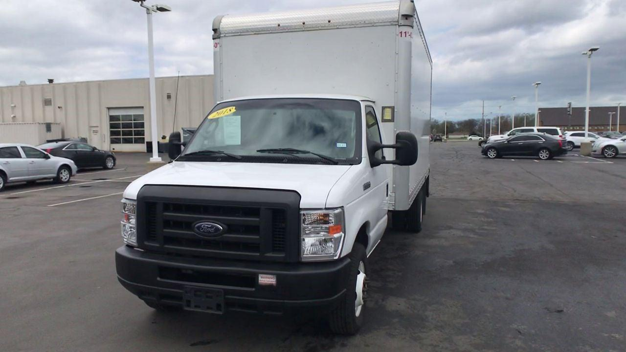 2018 Ford E-350 4x2, Dry Freight #111758 - photo 4
