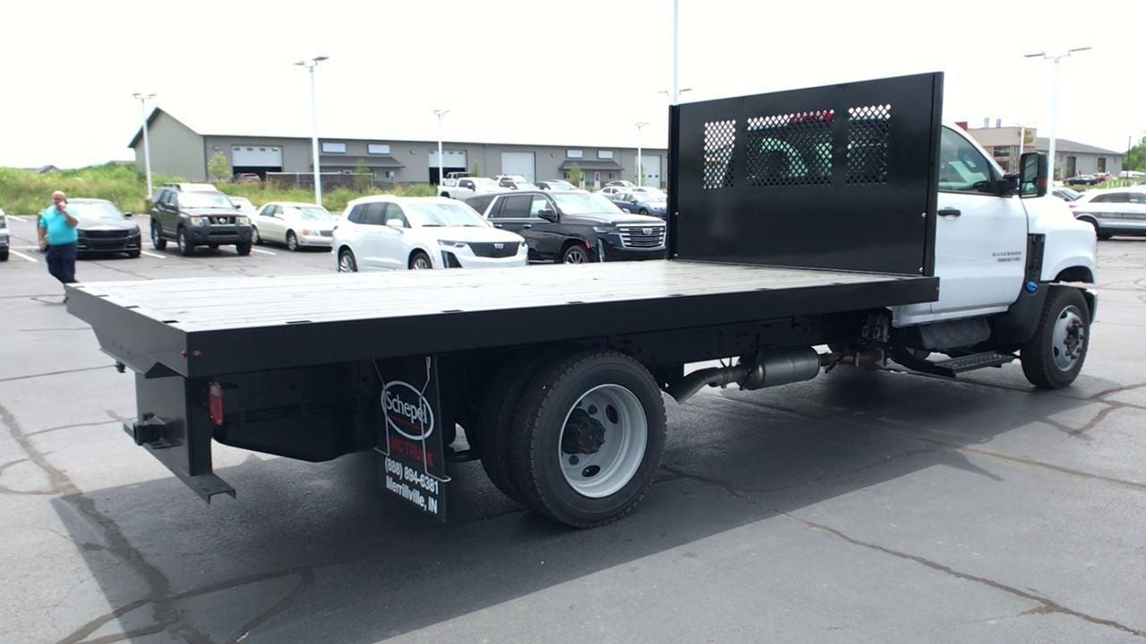 2019 Chevrolet Silverado 5500 Regular Cab DRW 4x4, Monroe Platform Body #111788 - photo 1