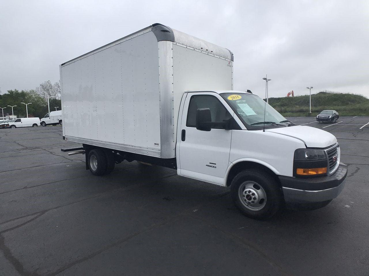 2018 GMC Savana 4500 DRW 4x2, Cutaway Van #111862 - photo 1