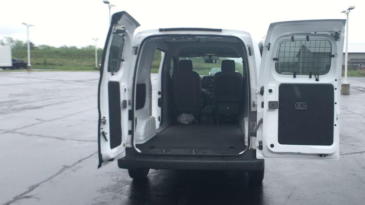 2017 Chevrolet City Express FWD, Empty Cargo Van #111880 - photo 1